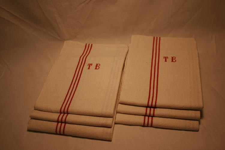 Lot de 6 torchons anciens en lin monogrammés