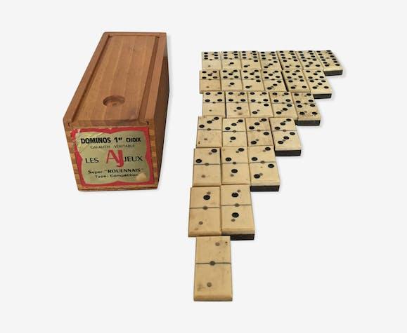 Jeu de dominos anciens de compétition