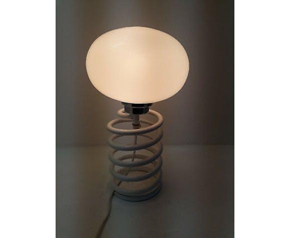 Spring lamp