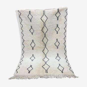 White black berbere wool carpet 153x250cm