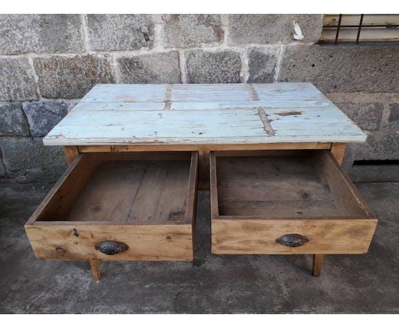 Pine farm table