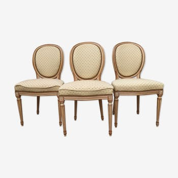Ensemble de trois chaises médaillon Louis XVI