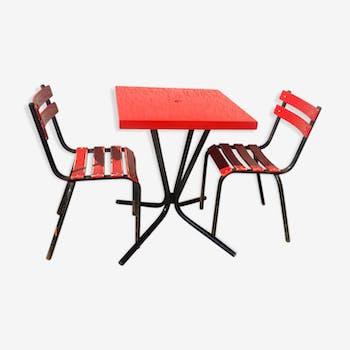 Lot de table bistrot Tolix et ses 2 chaises