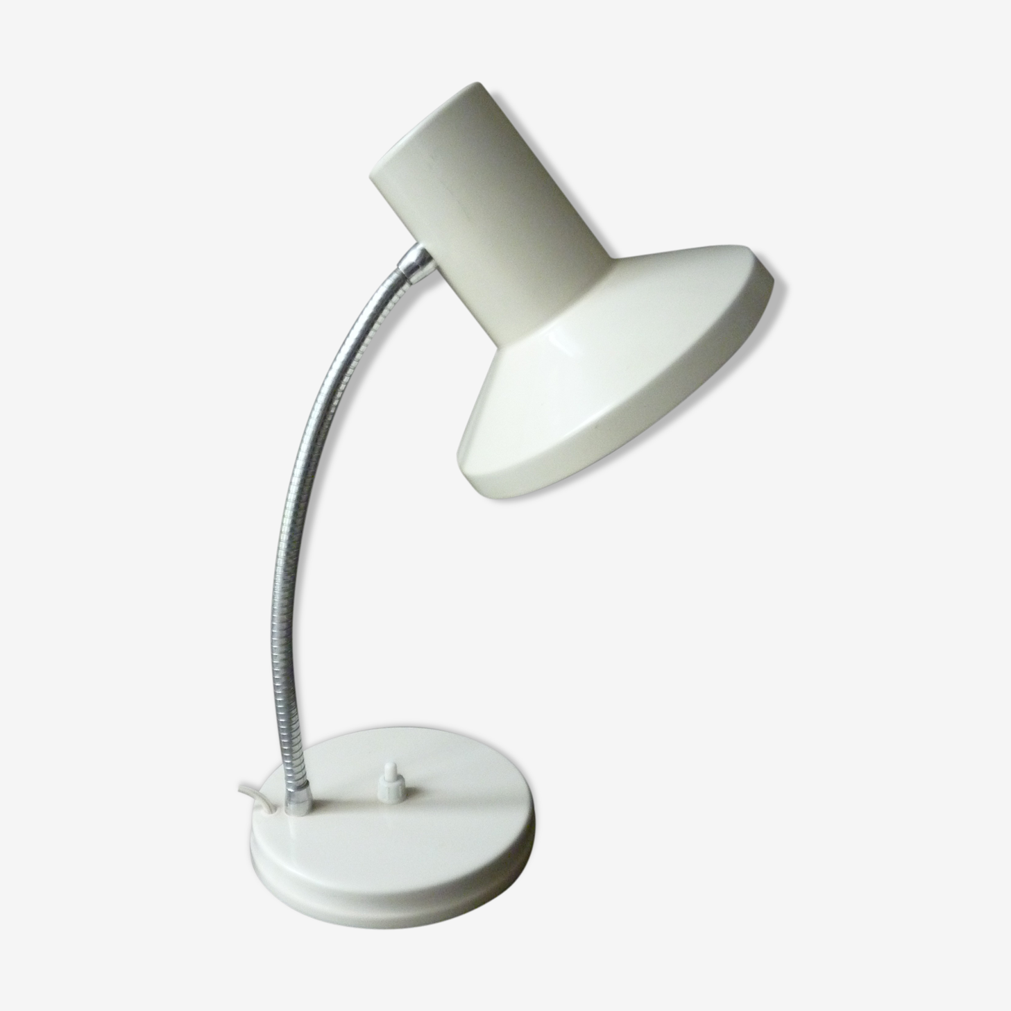Lamp in white metal with flexible arm of the 50s