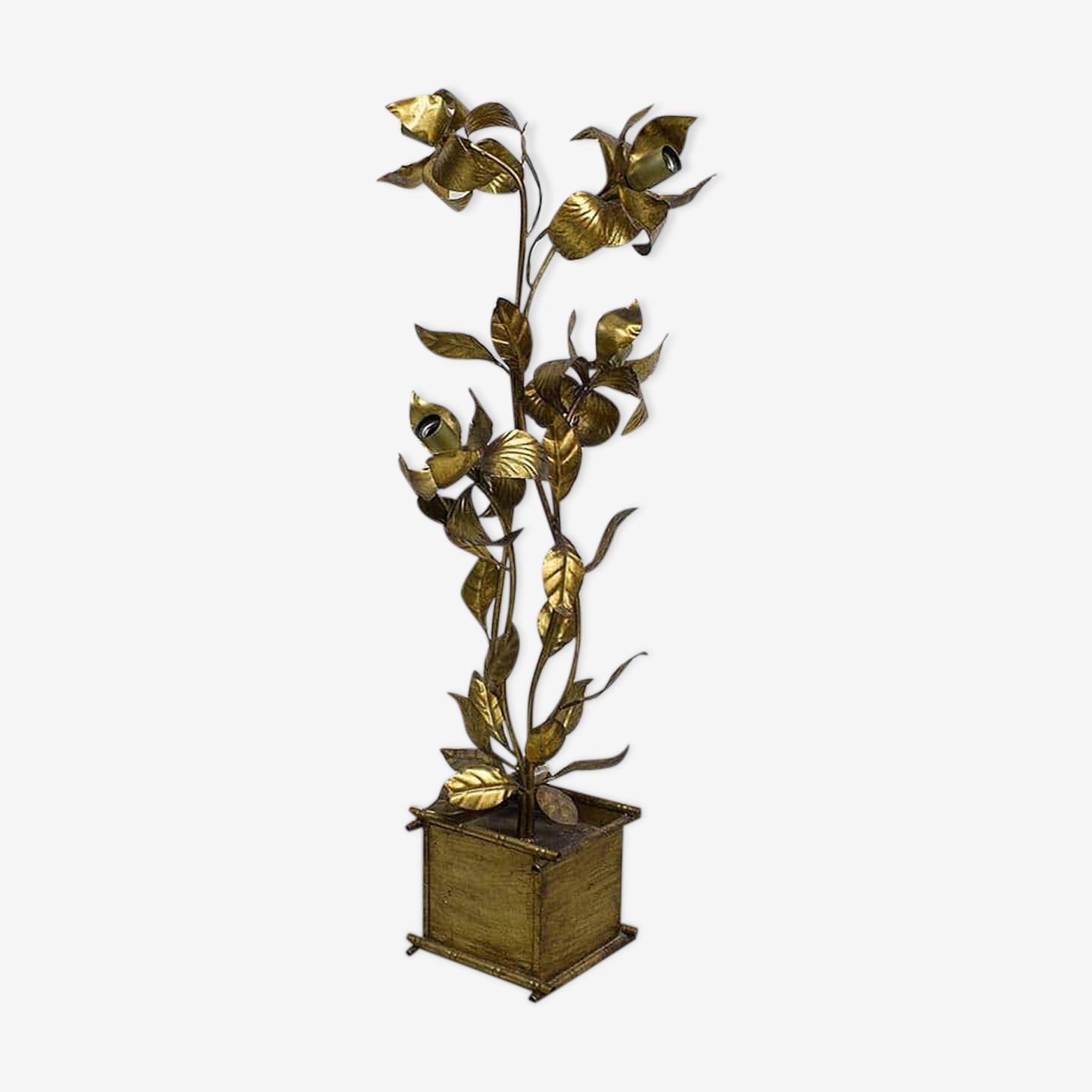 Lampadaire à fleurs dorées