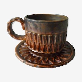 Tasse et sous tasse en céramique de Huguette Bessone années 60