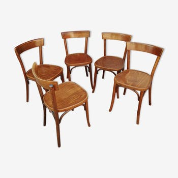 5 curved wooden bistro chairs