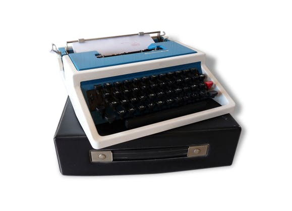 machine crire underwood 315 portative bleue avec son tui de transport typewriter blue. Black Bedroom Furniture Sets. Home Design Ideas