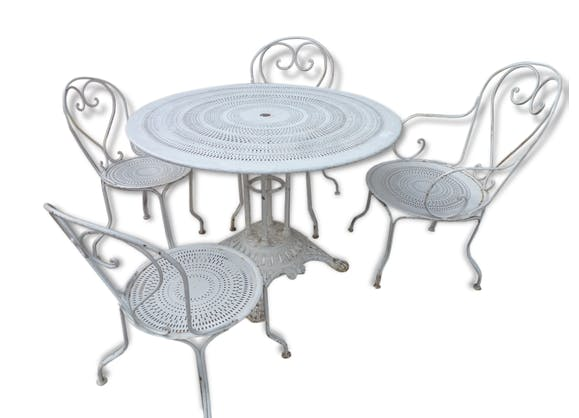 ancien salon de jardin en fer et fonte table 2 fauteuils et 2 chaises fer blanc art d co. Black Bedroom Furniture Sets. Home Design Ideas