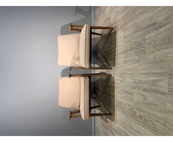Paire de fauteuils conçus par Józef Chierowski 60