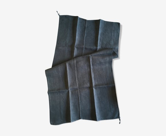 19th century long cloth cloth with iron grey rafters