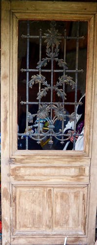 Door so 19th century carved oak + grid iron to sunflowers