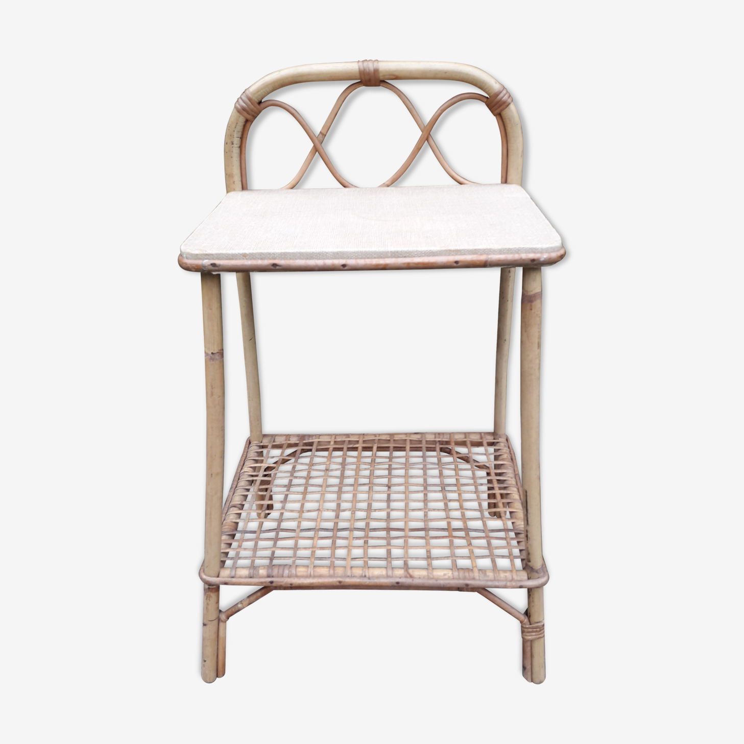 Rattan beside table 60