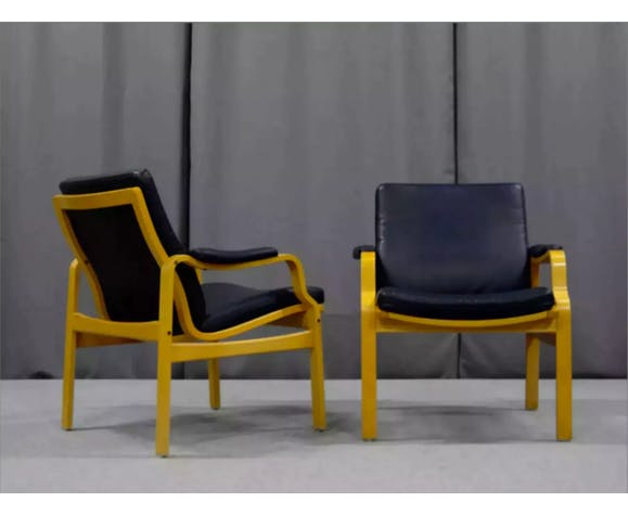 Pair of leather armchairs, 1970