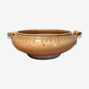 Large tureen patinated