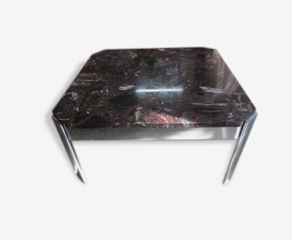 table basse pi tement inox et plateau en marbre marbre. Black Bedroom Furniture Sets. Home Design Ideas