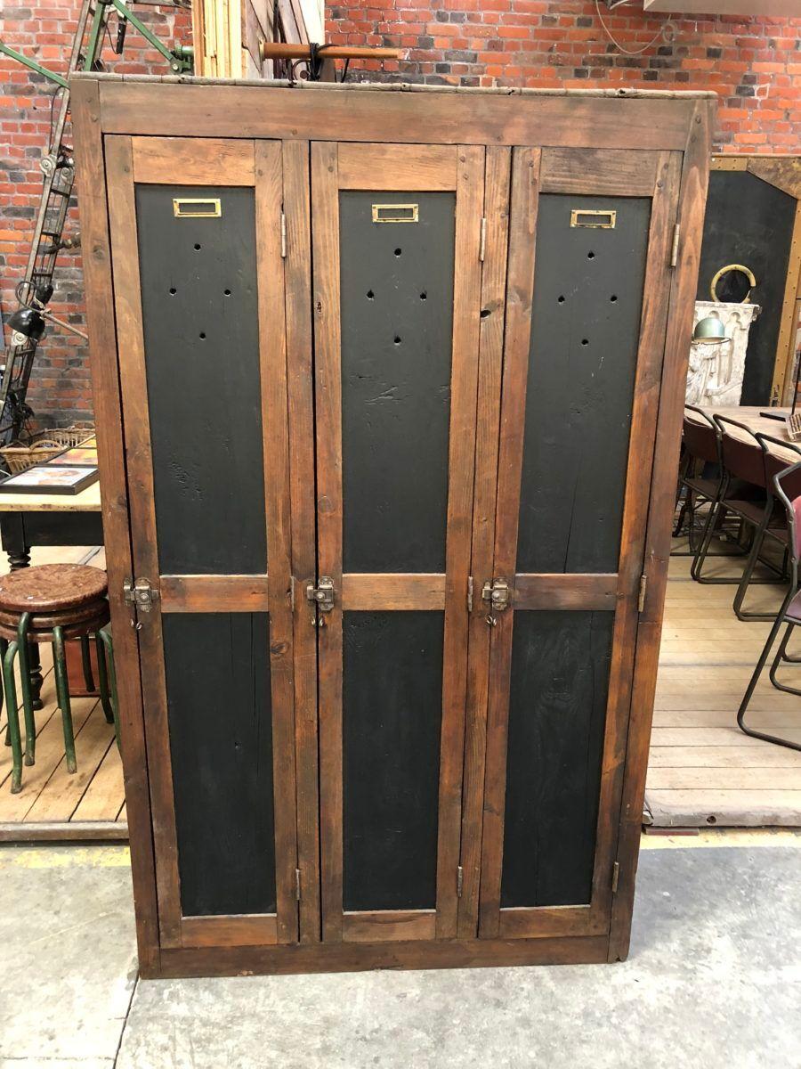 Vestiaire en bois en Antiklook conception industrielle