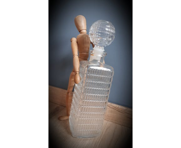Ball-stopper whiskey carafe