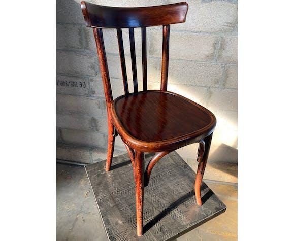 Suite de 3 anciennes chaises bistrot des années 40