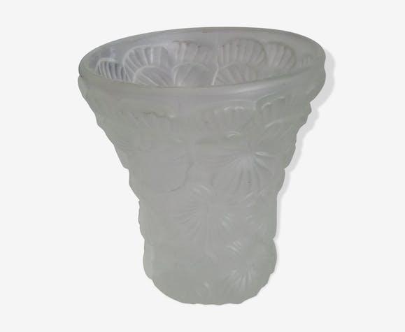 Vase en verre satiné art déco