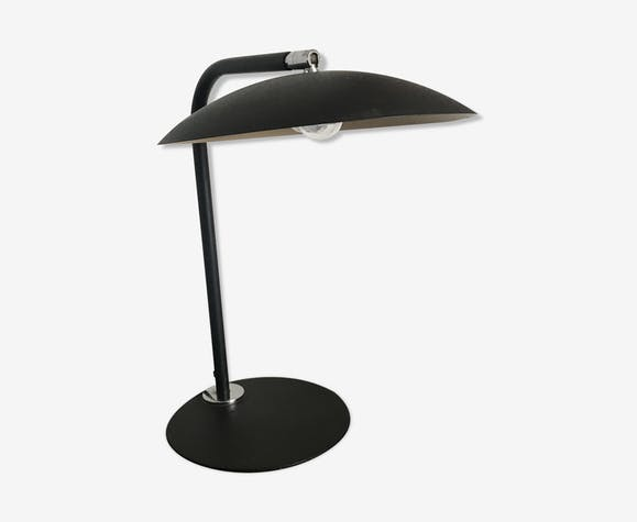 DPF desk lamp in steerable enamelled metal
