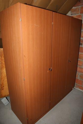 Armoire vintage en formica
