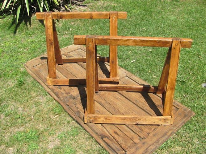 Table sur tréteaux pour le jardin ou salle à manger
