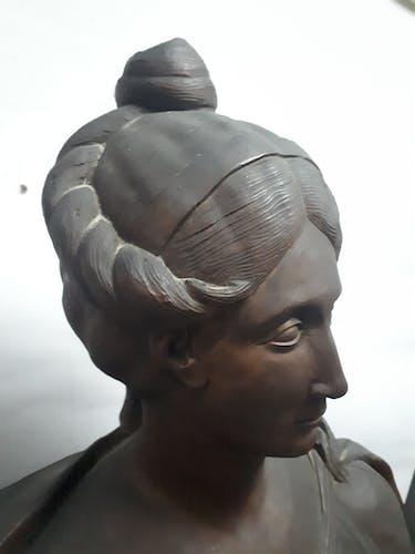 Buste en terre cuite ancienne dame style XVIIIème classique baroque