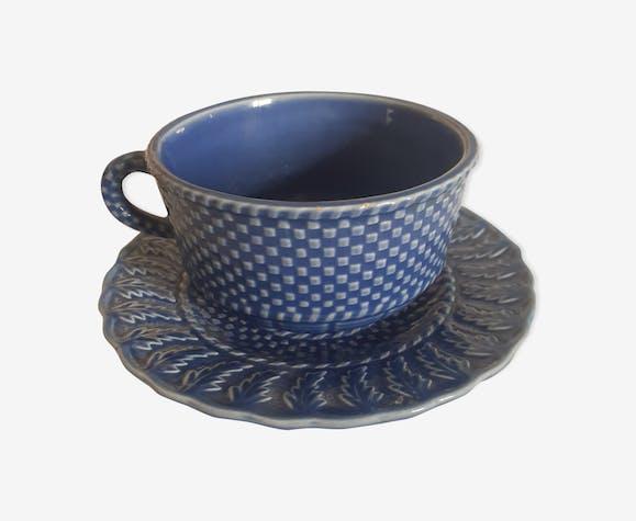 Tasse à thé de facture anglaise