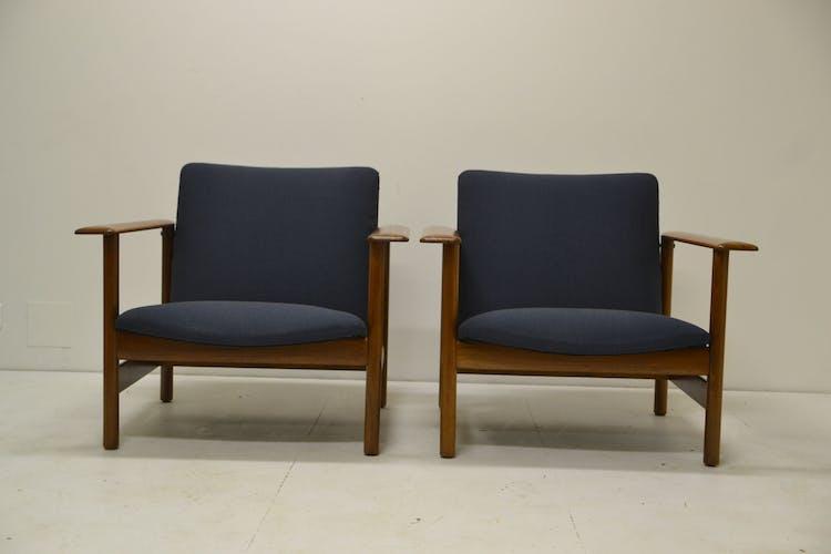 Pair of chairs of Gilbert Steiner mahogany and blue fabrics