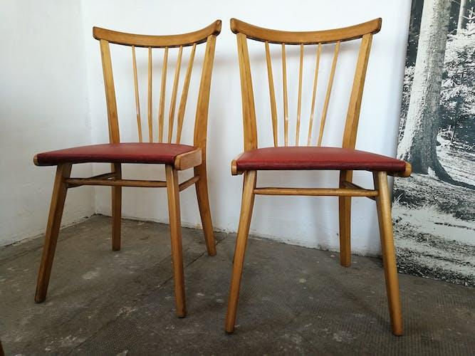 Paire de chaises à barreaux vintage