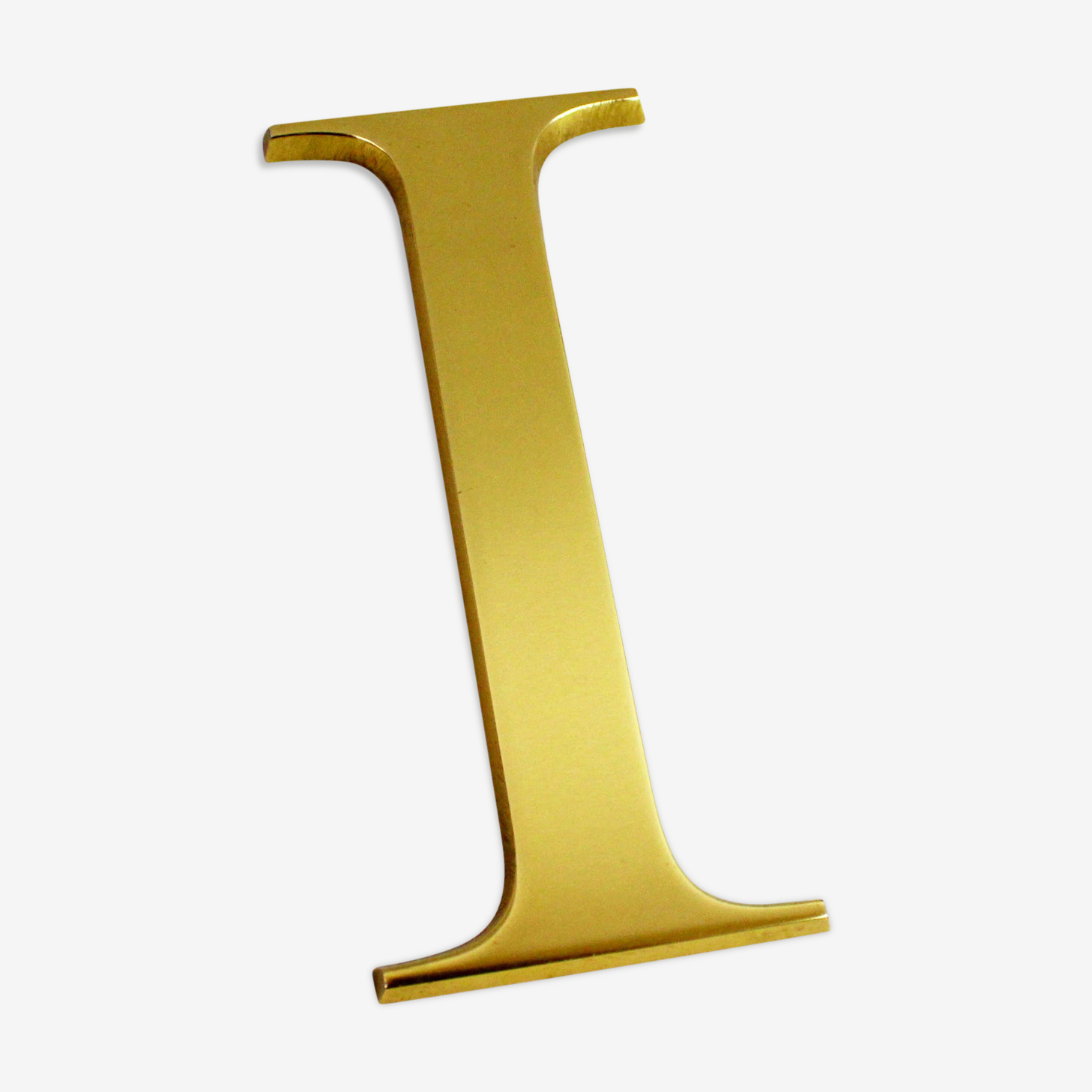 """Letter """"I"""" vintage brass"""