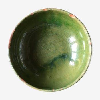 Saladier vert de Biot en terre vernissée