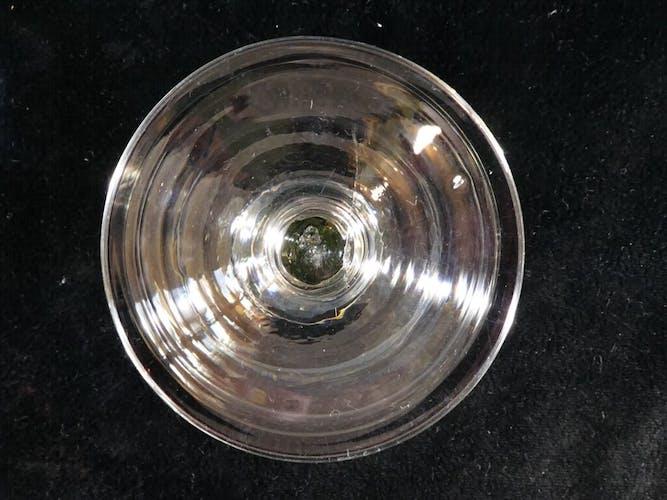 Set de 12 coupes a champagne a gradin en verre soufflé Verre de Bistrot