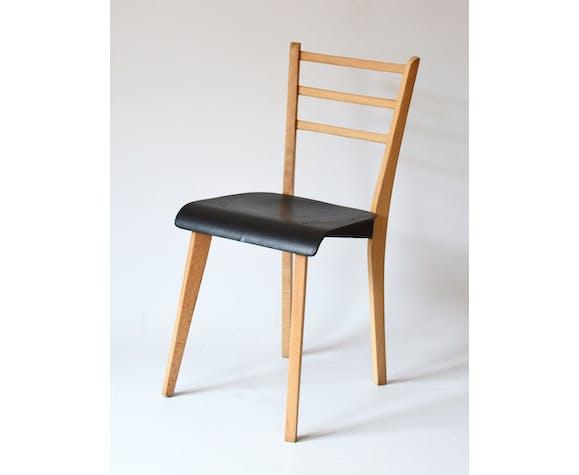 Bureau d'enfant et sa chaise