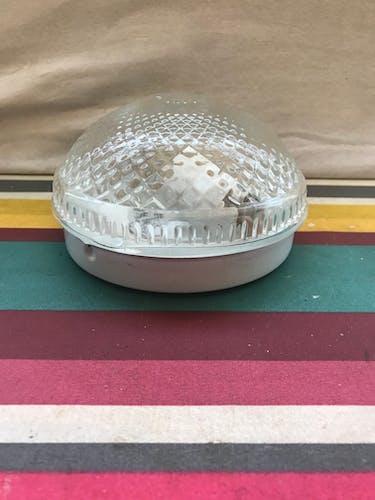 Plafonnier rond verre moulé transparent
