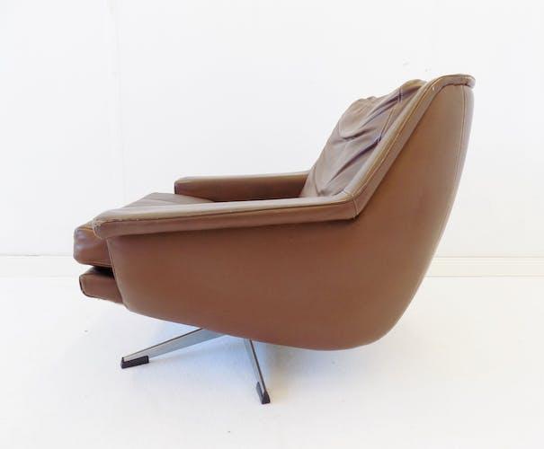 Paire de fauteuils modèle ESA 802 par Werner Langenfeld
