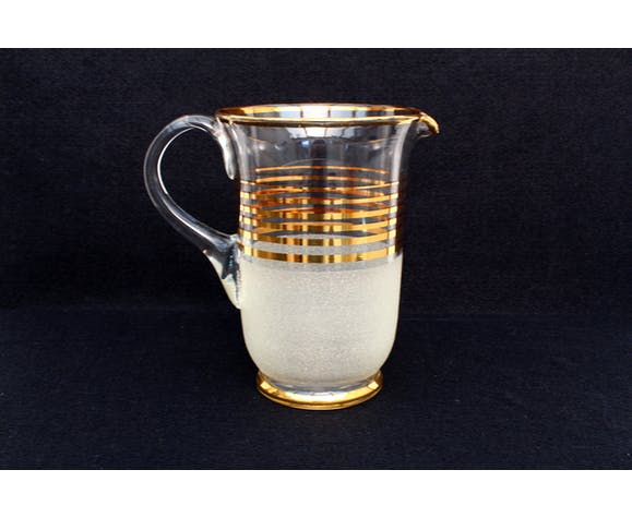 Crystal glass pitcher