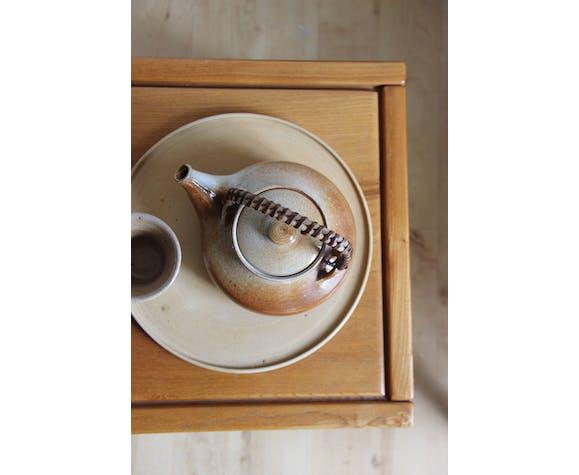 Sandstone teapot, rattan cove