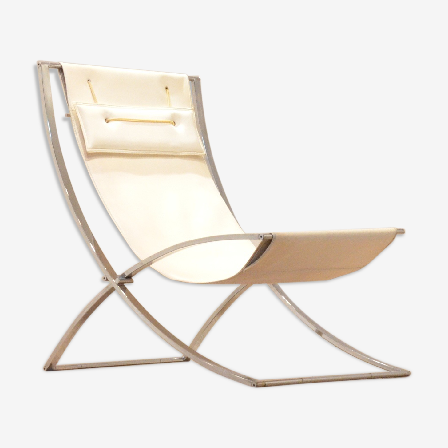 Luisa folding armchair by Marcello Cuneo