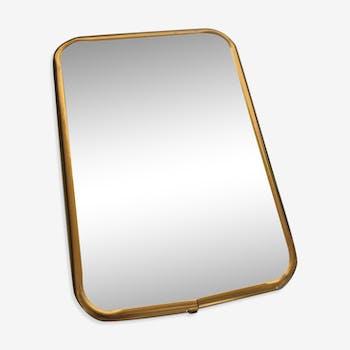 Miroir de barbier 60s, cadre aluminium doré. 16,5cm x 11,5cm.
