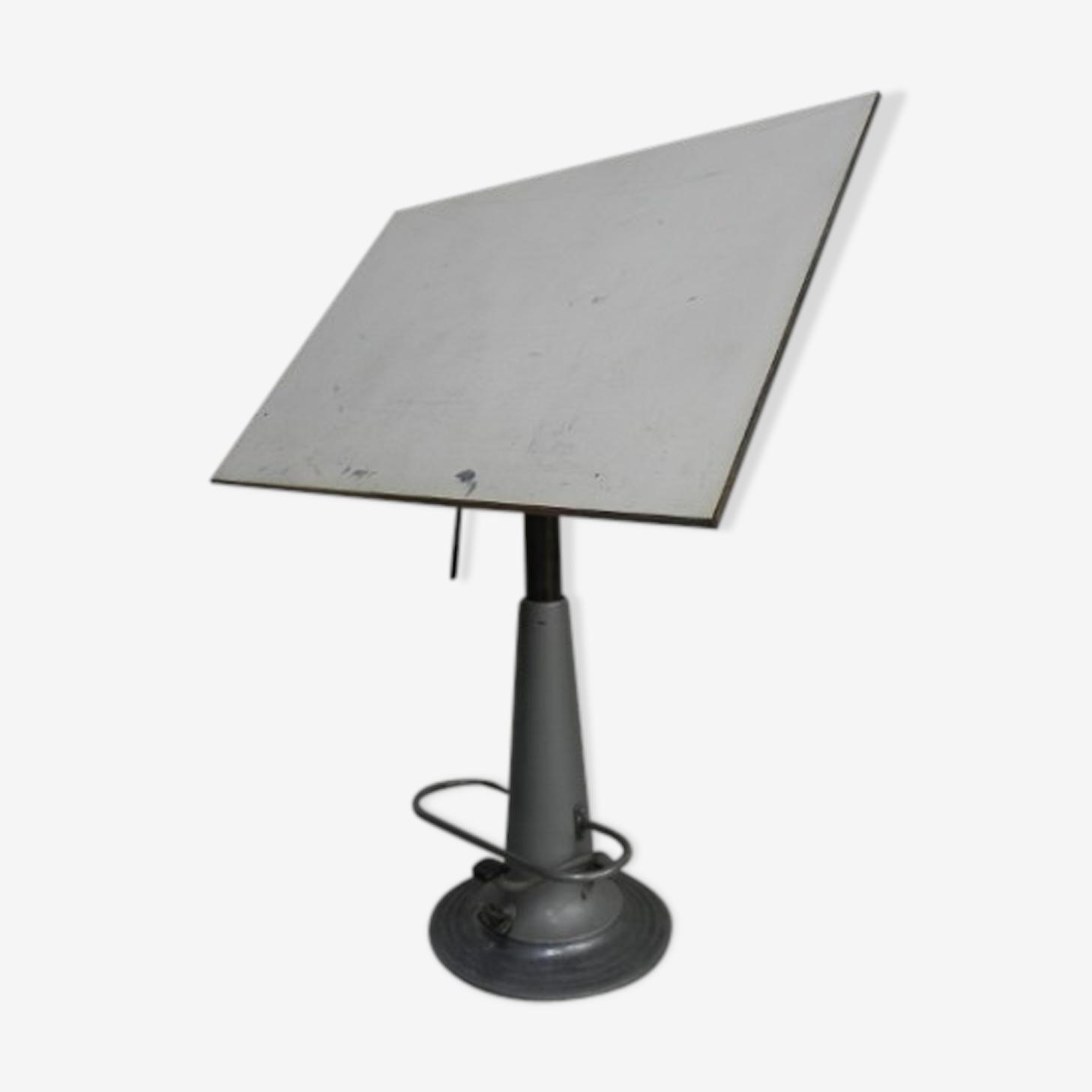 Table A Dessin Industriel table de dessin industriel nike eskilstuna sweden avec pied