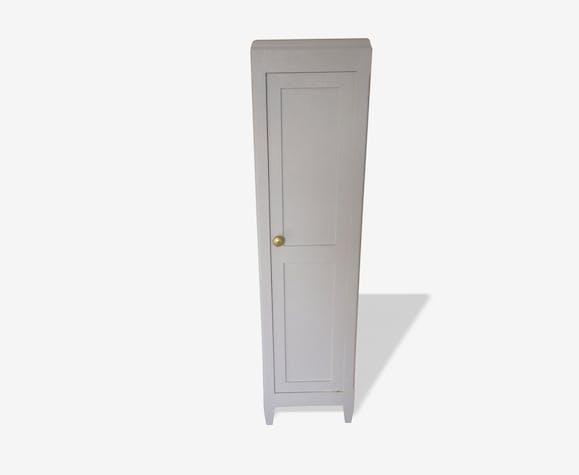 Petite armoire blanche et dorée