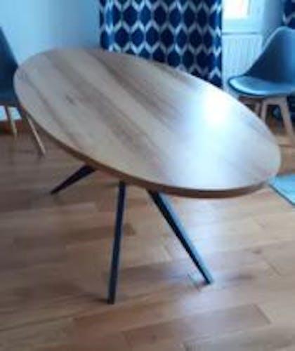 Table ovale frêne massif ArtMeta