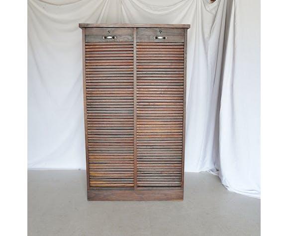 Oak curtain binder