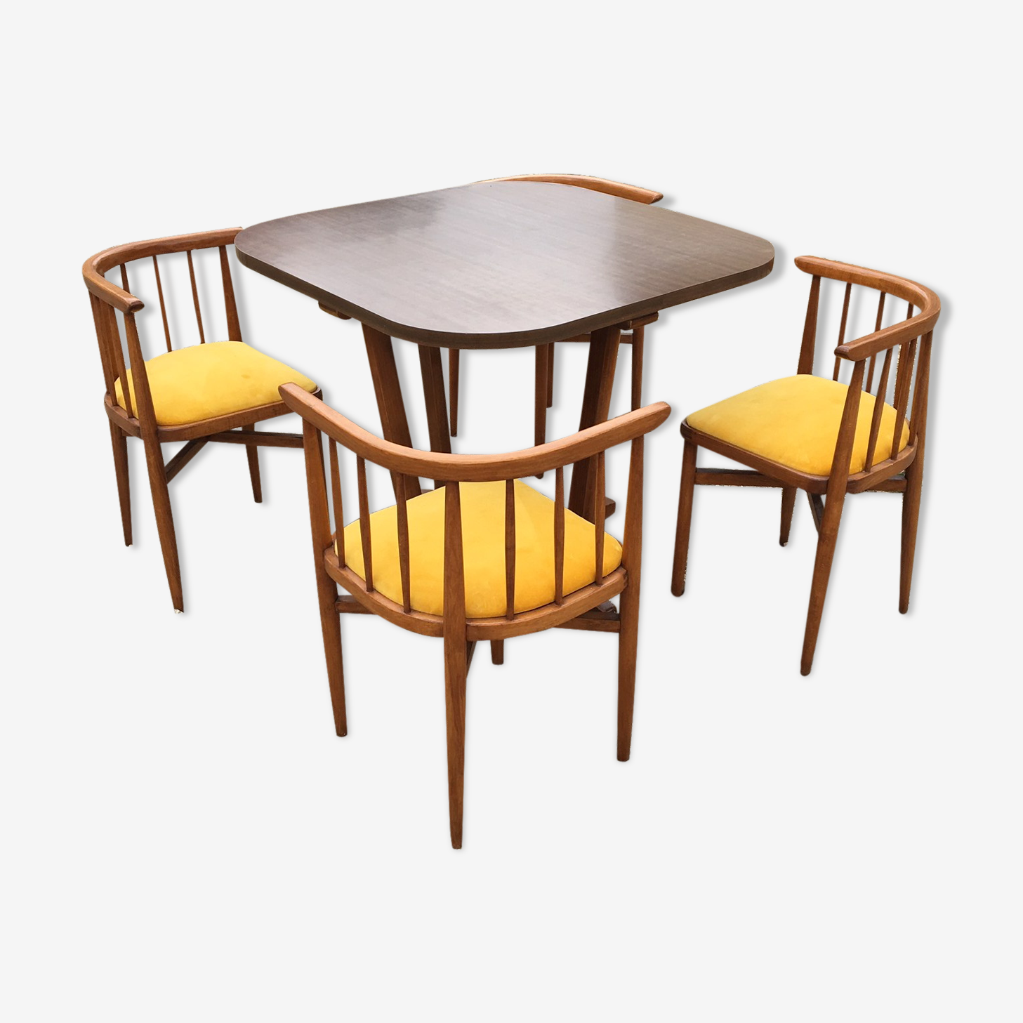 Ensemble table et chaises Thonet