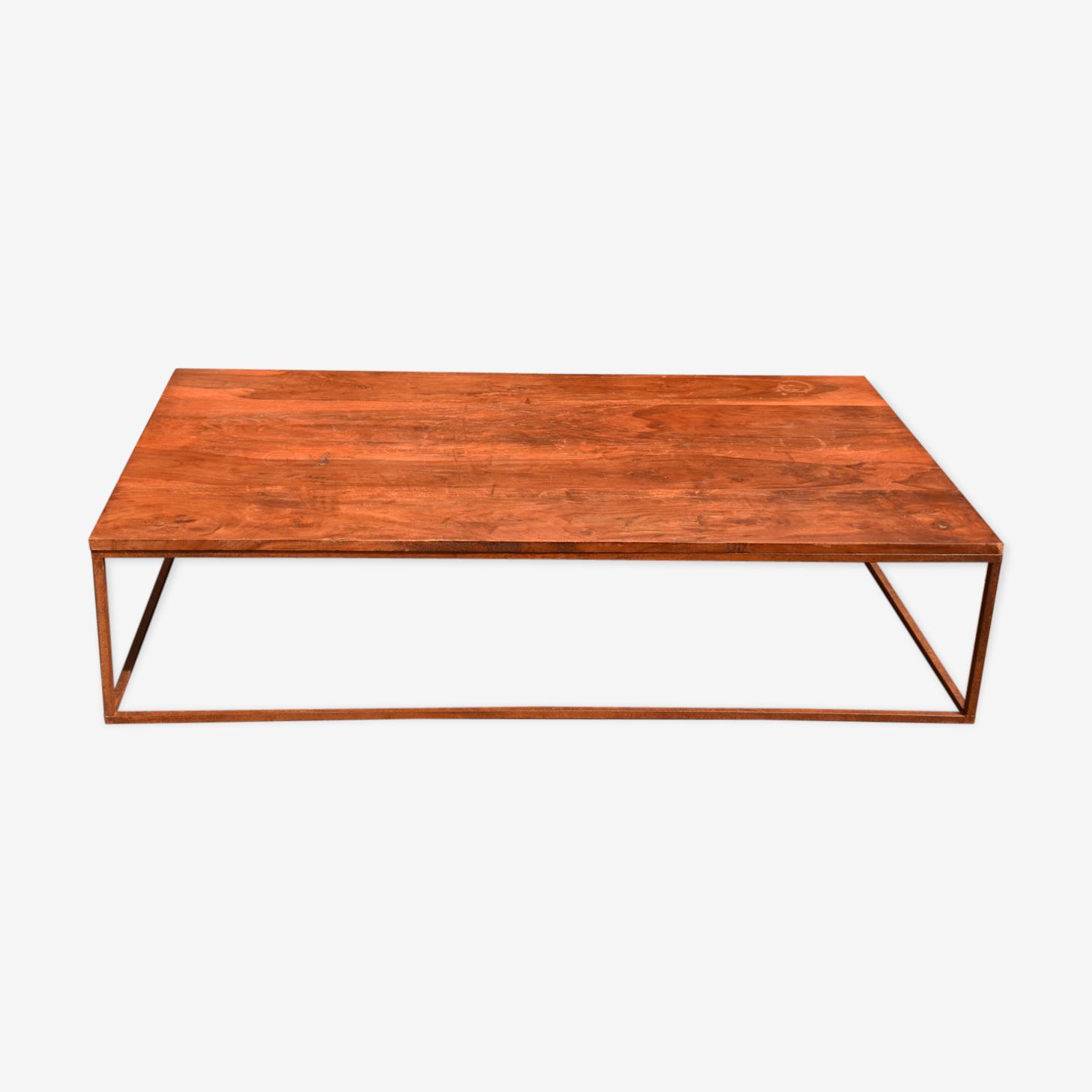 Table basse teck et métal esprit industriel