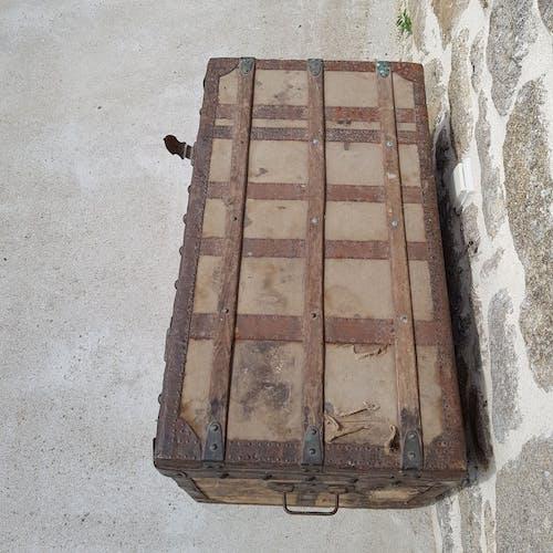 1900's travel trunk