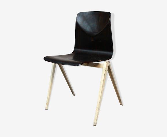 Chaise Galvanitas S22 ébène et blanc bois (Matériau