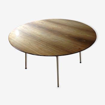Table ronde en palissandre par Arne Jacobsen